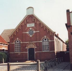 De gereformeerde kerk te Nieuw-Weerdinge.