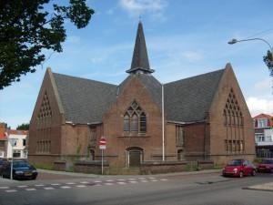 De kerk aan de Paul Krugerstraat (foto: Reliwiki, Paul den Boer).