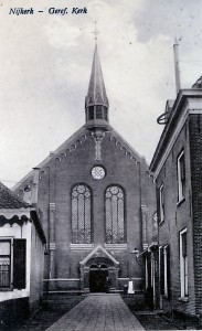 De gereformeerde Kruiskerk, die in 1890 in gebruik genomen werd.