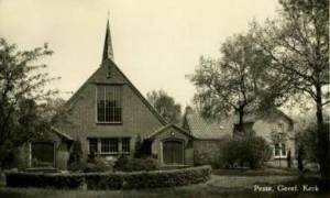 De gereformeerde kerk te Pesse in de jaren '50 van de vorige eeuw.