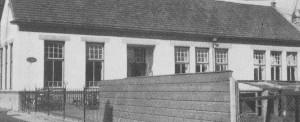 De Christelijke School, die in 1879 gesticht werd.
