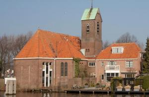 De gereformeerde kerk te Ouderkerk aan den Amstel.