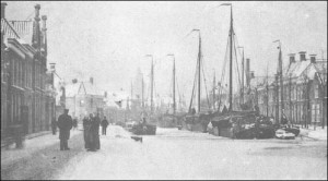 Het Oosteinde te Meppel in de winter, begin 1900