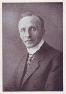 Ds. J. Gispen (1874-1935) was de wijkpredikant van de Oosterwijk