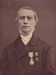 Ds. S. van Velzen (1809-1896), Drogeham 1835, Leeuwarden (voor de gemeenten in Friesland) 1836, Amsterdam 1839. Docent Theologische School 1854. Emeritus docent 1891.