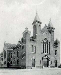 De gereformeerde Duystraatkerk in Delfshaven (1902-1987).