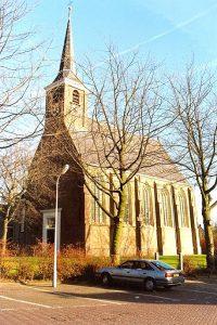 De hervormde kerk te Barendrecht (foto: Reliwiki, Andre van Dijk).