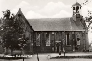 De hervormde kerk te Waarder.