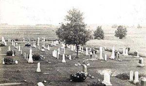Op de begraafplaats te Alto, Wisc., liggen veel van oorsprong Nederlanders begraven...