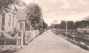 De Dorpsstraat te Landsmeer, lang geleden...
