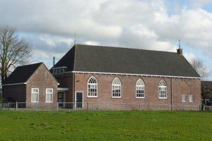 In januari 1893 werd deze kerk in Niawier in gebruik genomen.